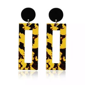 Jewelry - Acrylic Rectangle Geometric Dangle Earrings